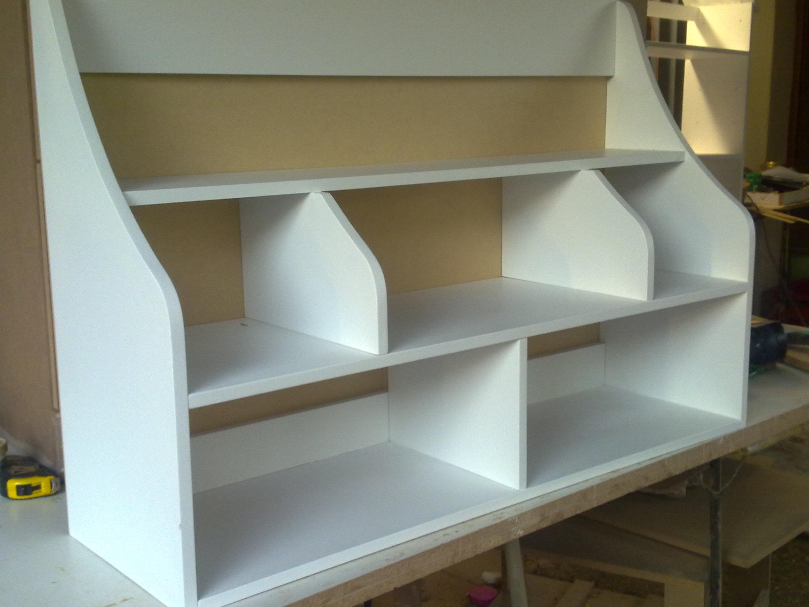 Plain multi wall shelve 3